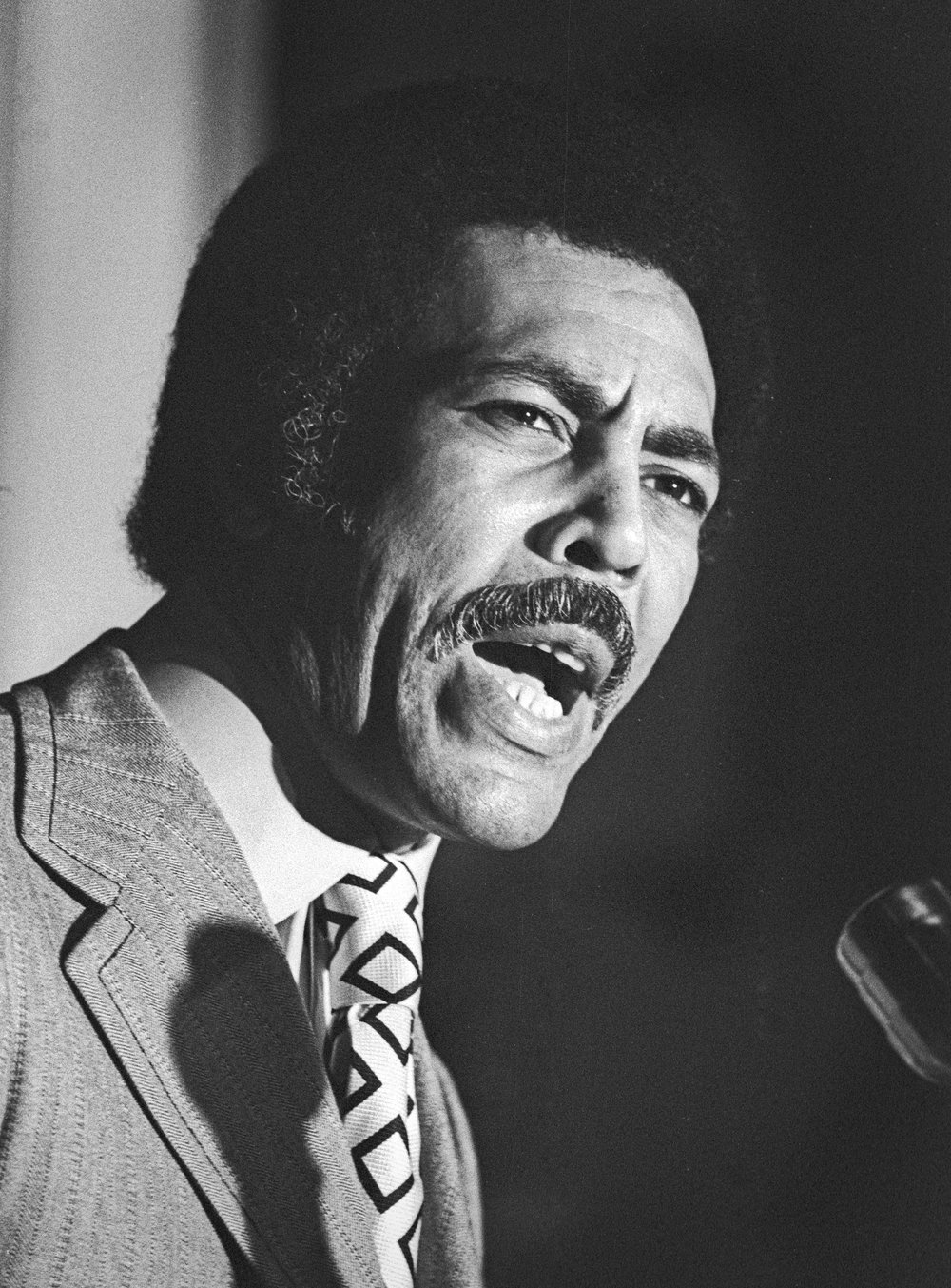 004_Ron_Dellums_2118-5_FX.jpg