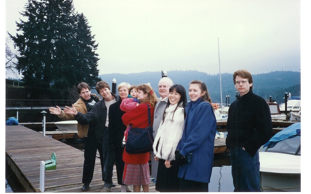 After travelling in East Asia, we lived with my parents for about two years in Victoria. Pictured here are Clark, Brenda's husband Michel, Mom, little Amandine, Brenda, Dad, Ruby, Clark's wife Jacqueline, and me.