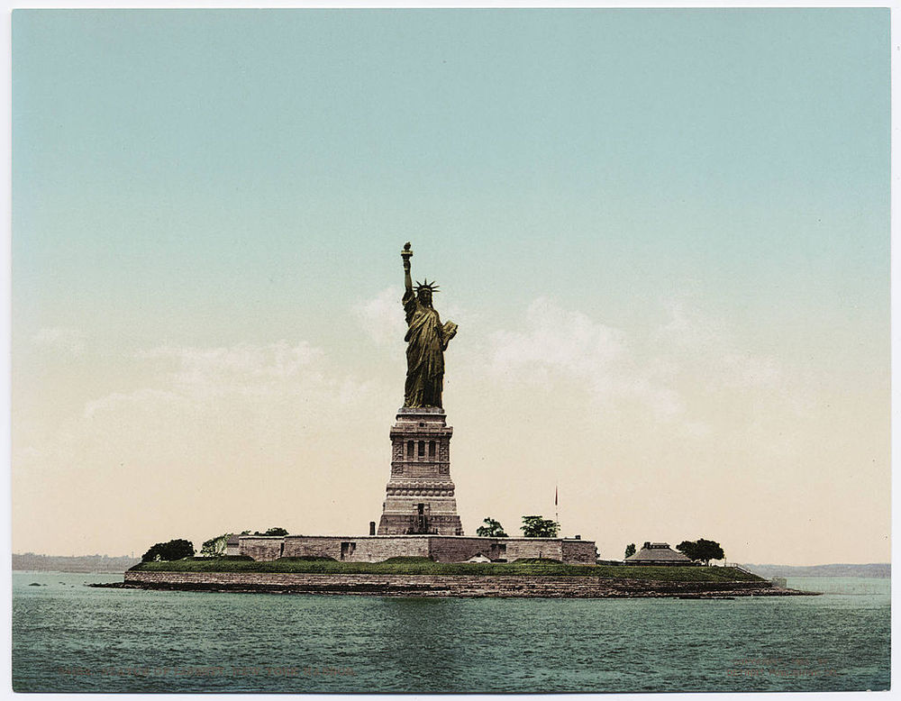 Statue of Liberty ca. 1900 (Wikipedia)