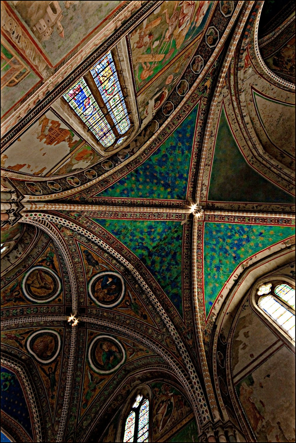 Photo of the ceiling of the Upper Basilica of Saint Francis, Assisi. Photo by permission of the photographer, Nadia d'Agaro — at https://www.flickr.com/photos/nadiadagaro/. This photo can be found in her album on Umbria — at https://www.flickr.com/photos/nadiadagaro/albums/72157627135961005. Grazie, Nadia!