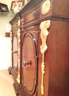 23.75k Oil Gilded Dresser