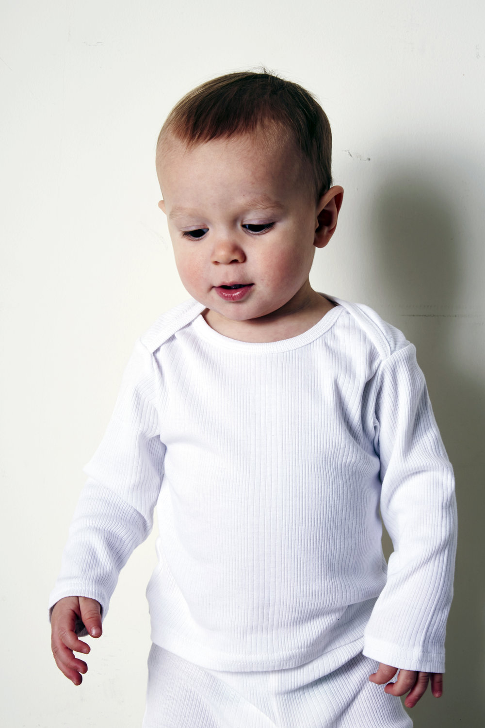 GM085_baby thermal top_ribbed_white_2.jpg