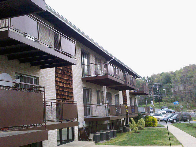 Gutters replaced on apartment complex in Lanham, Maryland