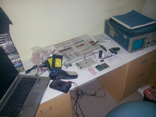 Electronics desk