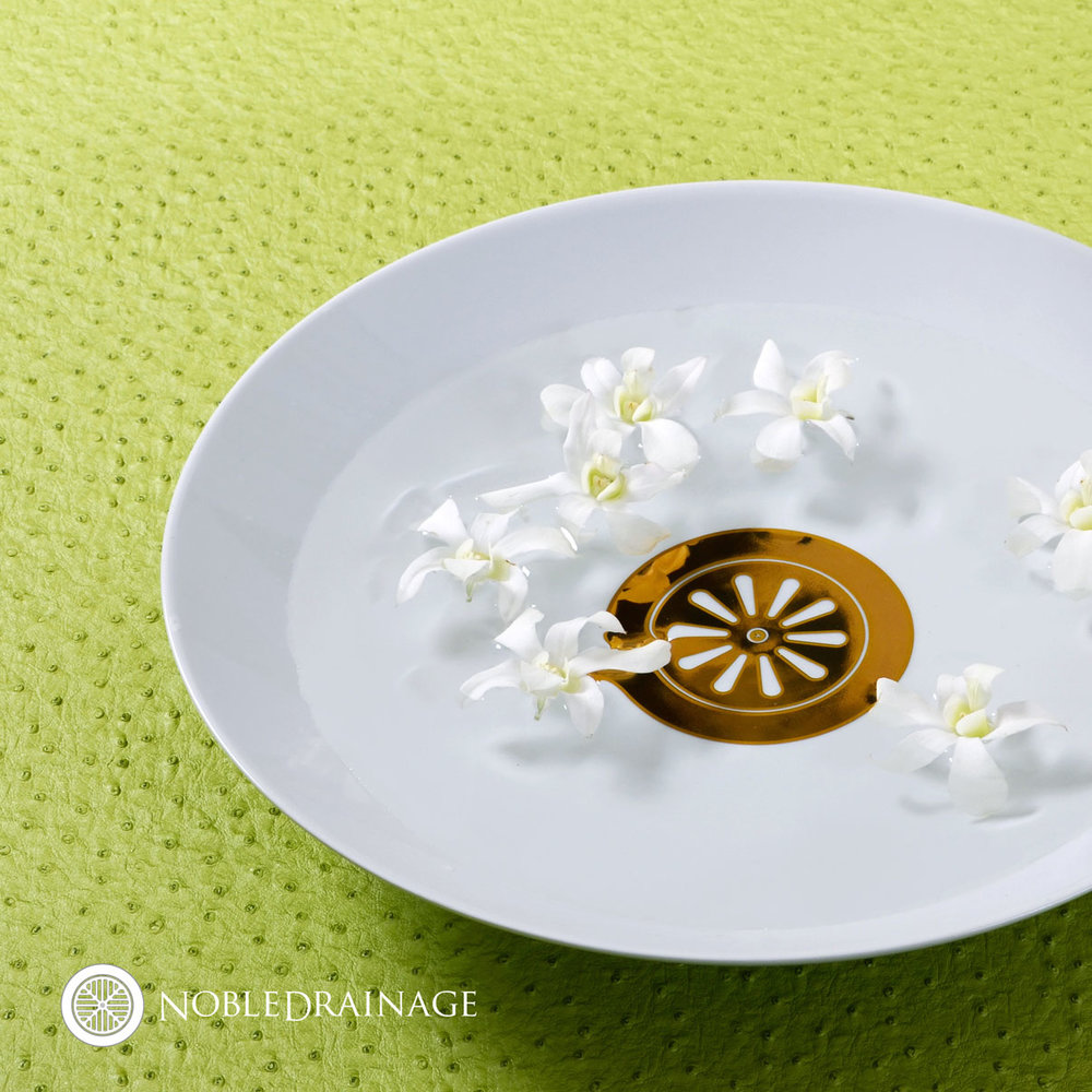 bowl-on-green.jpg