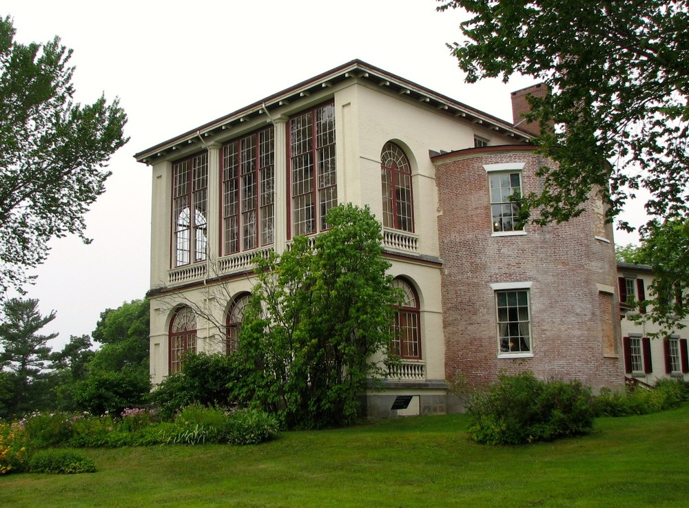 Castle Tucker (above) and the Nickels-Sortwell House (below) were both built in 1807 as a result of shipping wealth. both are owned by historic new england and are open for tours.