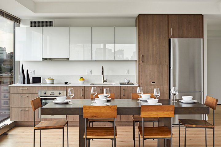 13-kitchen-dining-lo.jpg