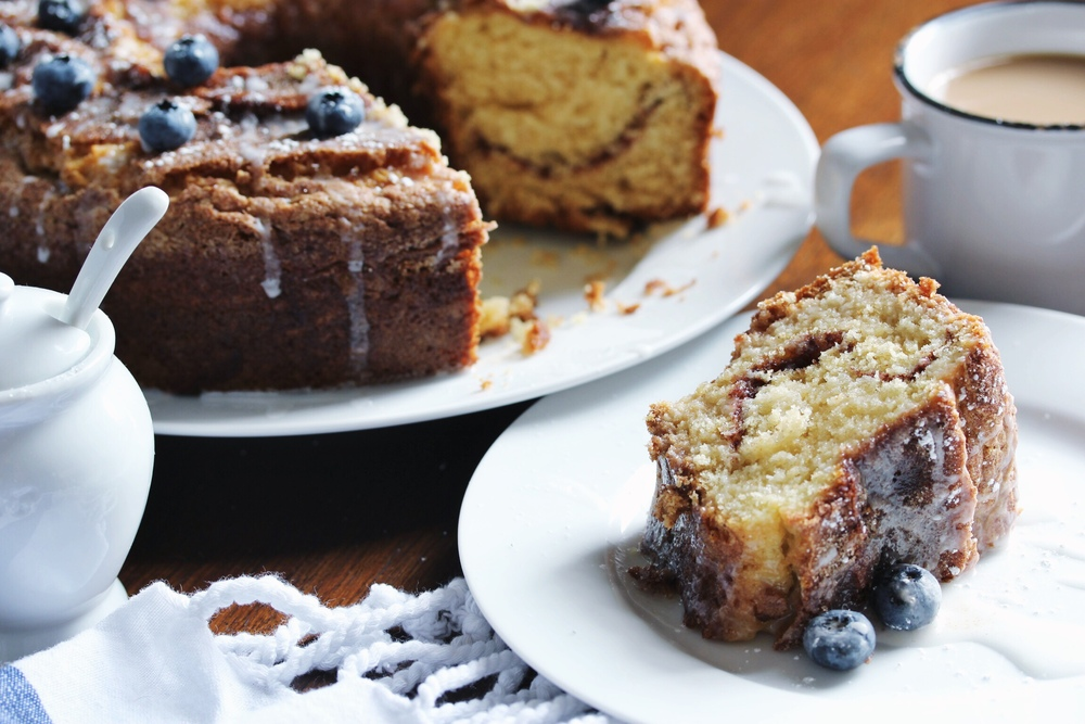 Cinnamon sugar coffee cake for Labor Day Weekend - The Pastiche