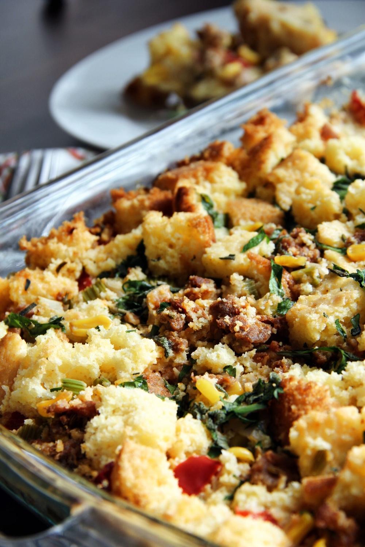 Cornbread stuffing with sausage - The Pastiche