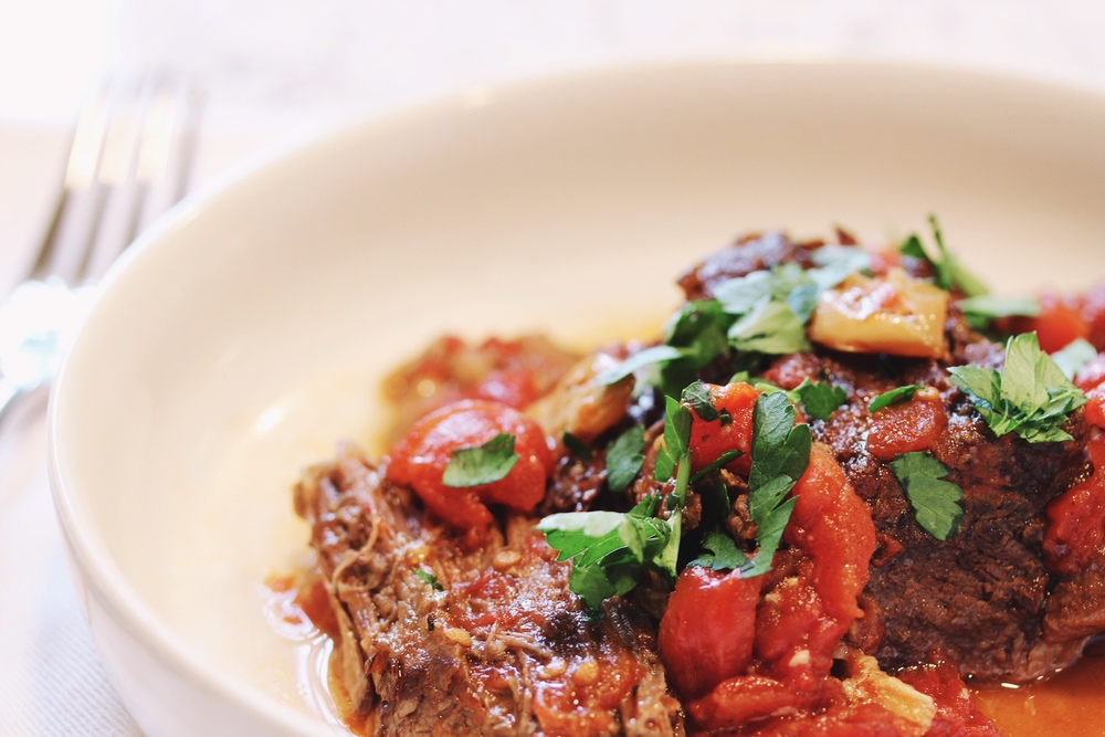 Beef braise with tomatoes, red wine, and garlic - The Pastiche