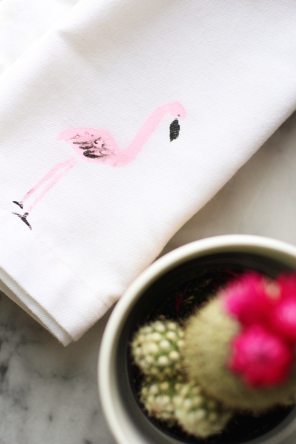 DIY flamingo stenciled napkins - The Pastiche