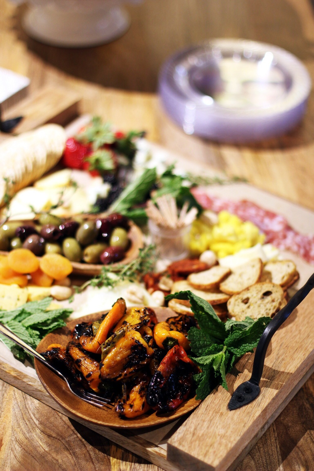 How to create a restaurant-caliber charcuterie board - The Pastiche