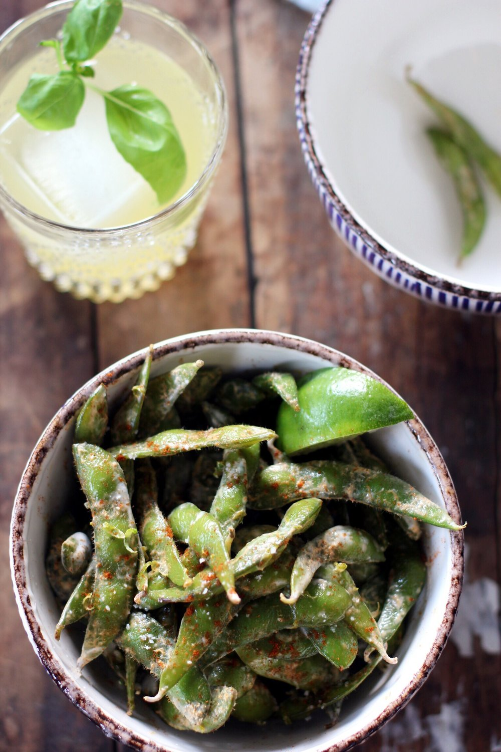 Edamame with lime and paprika - The Pastiche