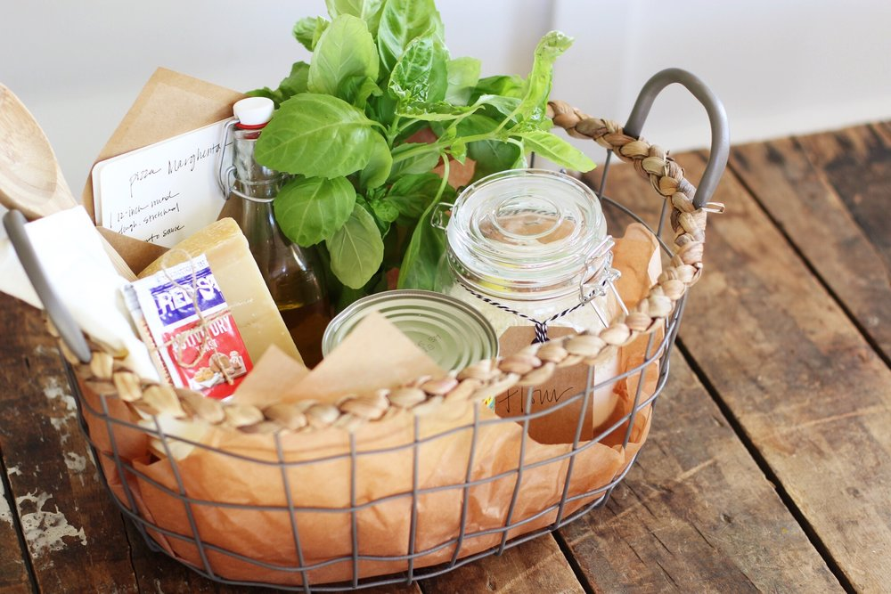 Dinner in a Gift Basket DIY: Margherita Pizza Night - The Pastiche