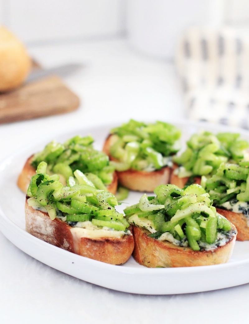 Celery and blue cheese butter toasts - The Pastiche