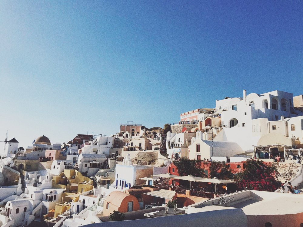 I can still picture this view of Oia in my head