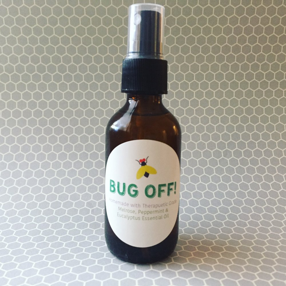 Outdoors bug spray with essential oils