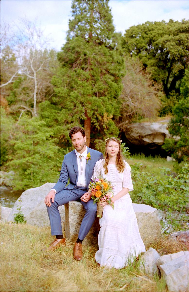 Wedding-Ceremony-Redwoodranchthreerivers-Ranchwedding.02.jpg