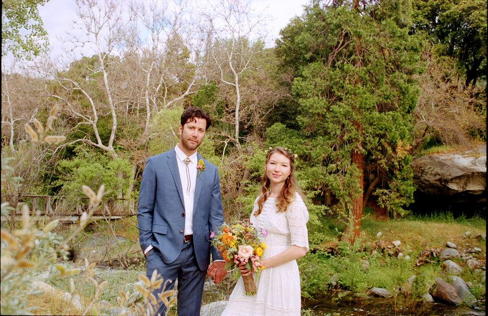 Wedding-Ceremony-Redwoodranchthreerivers-Ranchwedding.03.jpg