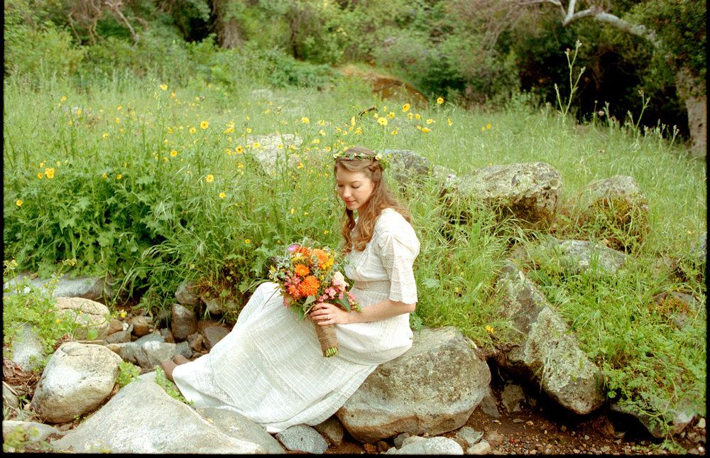 Wedding-Ceremony-Redwoodranchthreerivers-Ranchwedding.09.jpg