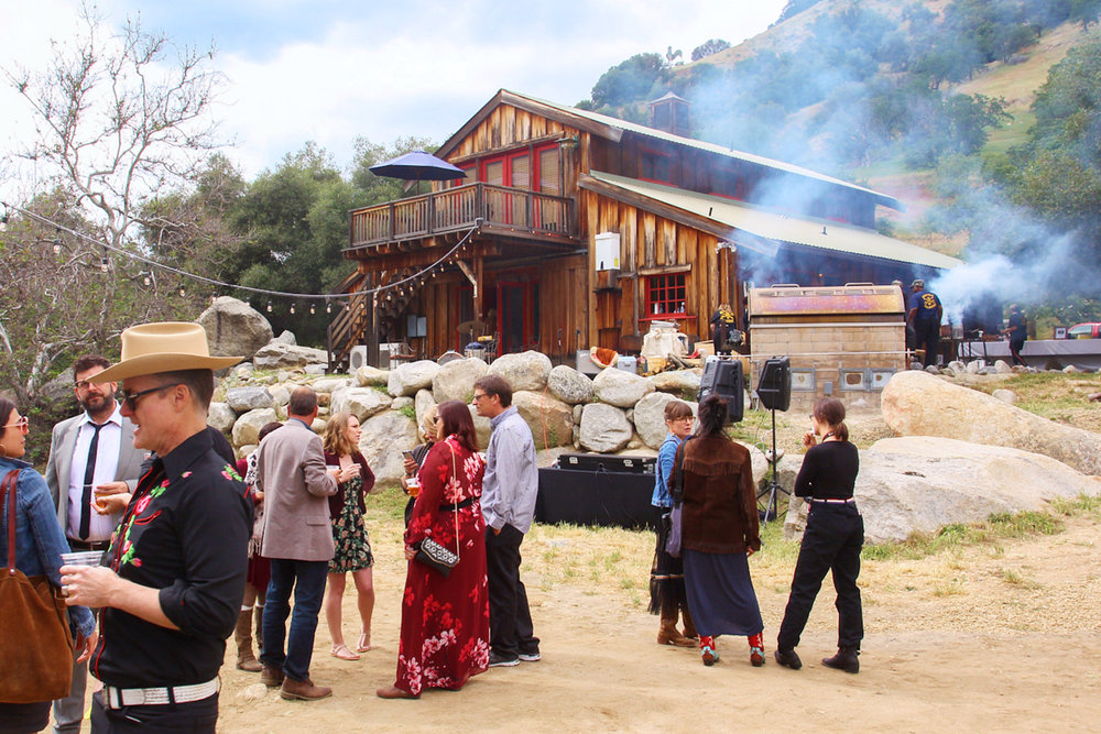 Wedding-Ceremony-Redwoodranchthreerivers-Ranchwedding.23.jpg