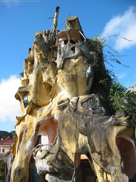"Habitable Art Hang Nga House a.k.a. ""Crazy House"" Da Lat, Vietnam"