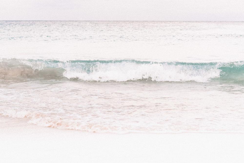 beach-engagement-photoshoot-miami-photographer-3.jpg