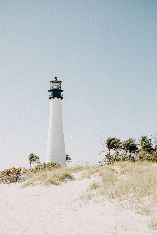 lifestyle-photoshoot-miami-lighthouse.jpg
