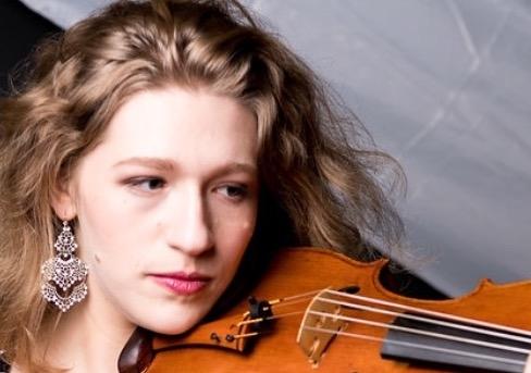 Ariel Chapman, viola