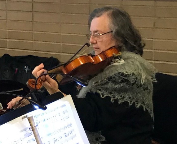 SVSO violinist Margareta Solomensky
