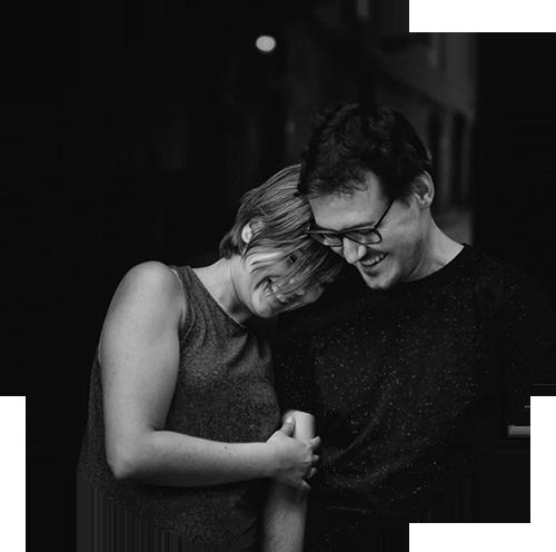 STEPHANIE BRIELMAYER & PAUL MAZUREK - Paul & Stephanie sind sowohl beruflich als auch privat ein Paar und eingespieltes Team. Als hauptberufliche Fotografen lieben sie es zu reisen, die Natur, fremde Kulturen und Sprachen zu entdecken und grundsätzlich immer offen für Neues. Sie sind gern spontan, sehr neugierig, lieben es neue Menschen kennenzulernen, gegenseitig voneinander zu lernen und Spaß zu haben. Bei ihrer Fotografie liegt es ihnen besonders am Herzen Erlebnisse, Emotionen und Augenblicke authentisch und natürlich festzuhalten.www.paulandstephanie.net