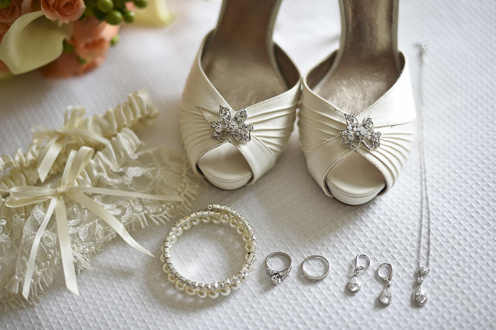 Sugarland_wedding_bride_details_1.jpg