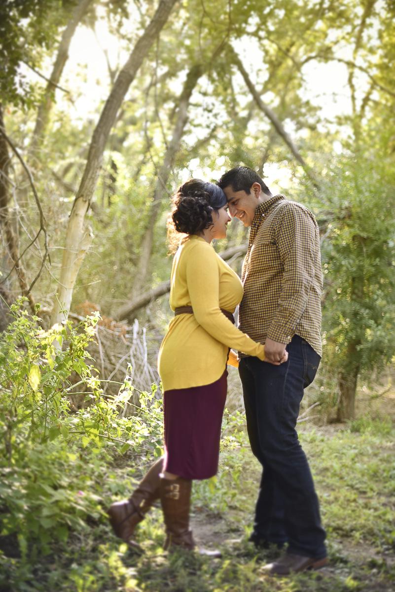 odessa-tx-comanche-trail-park-engagement-photos-romantic