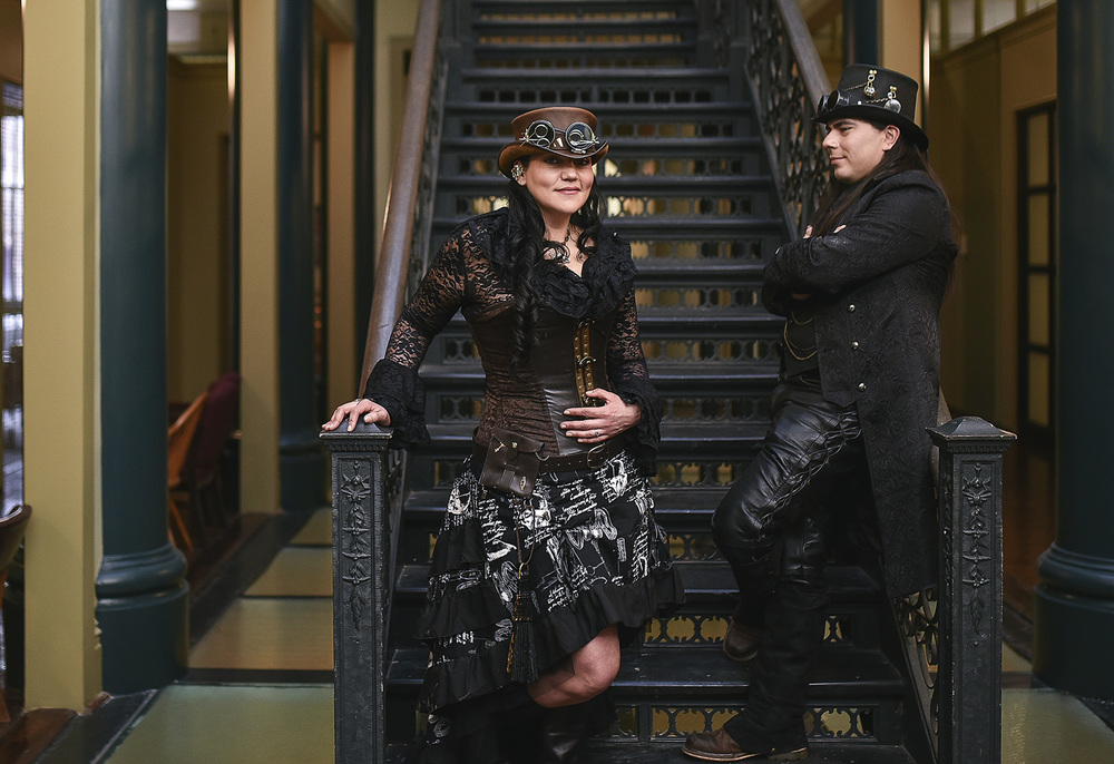 Galveston Strand Steampunk Engagement CJD_006.jpg