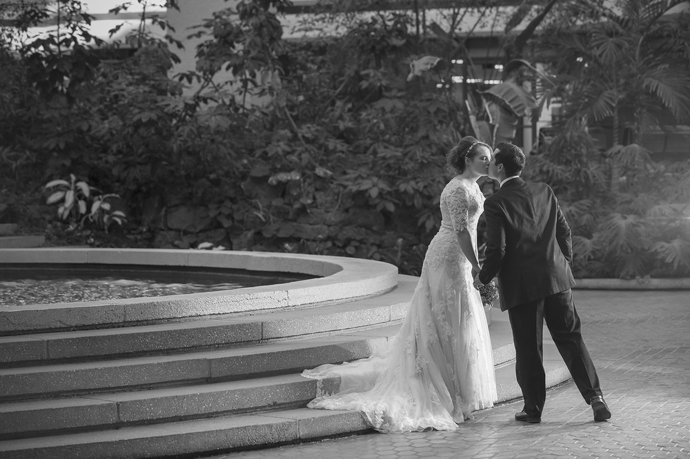 Houston Romantic wedding photo