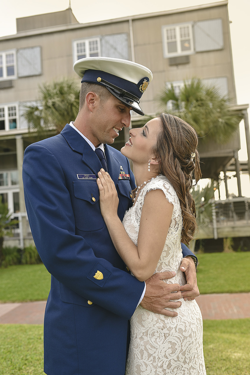 Houston Galveston Modern classy romantic Miltary wedding photography amber_chad_2048.jpg
