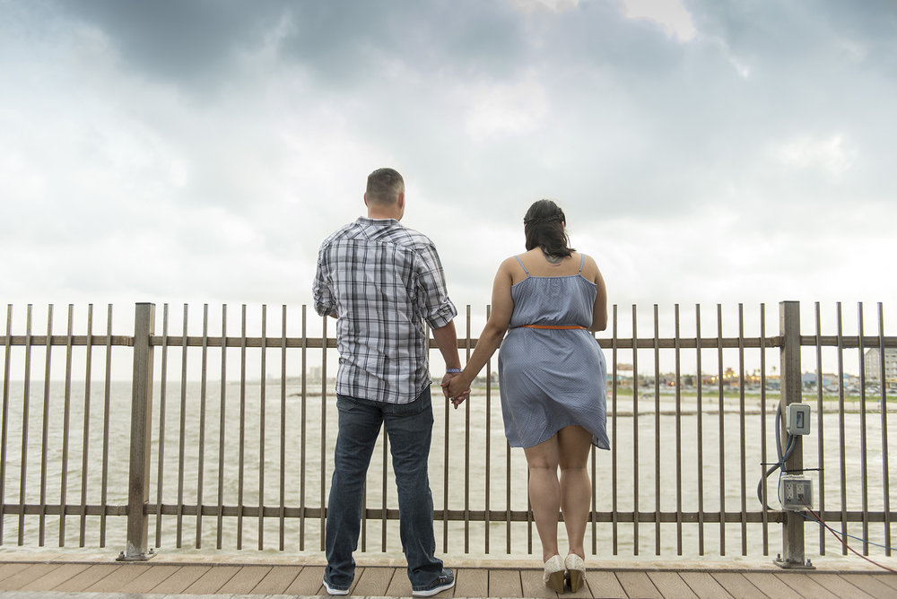 Houston-galveston-beach-pleasure-pier-engagement-Gavie_Jamie_030sm.jpg