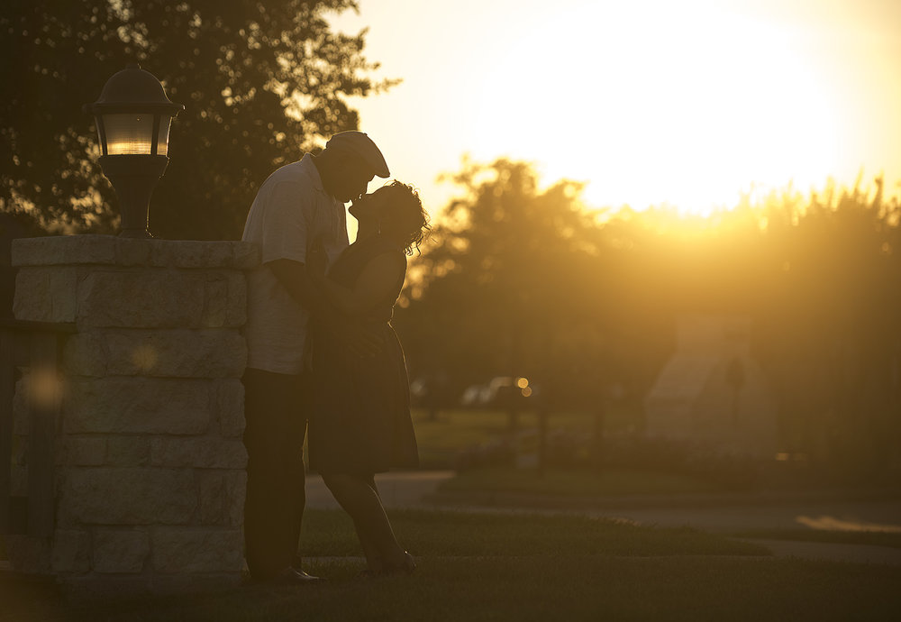 Pearland-Manvel-TX-classy-lifestyle-sunset-engagement-photographer