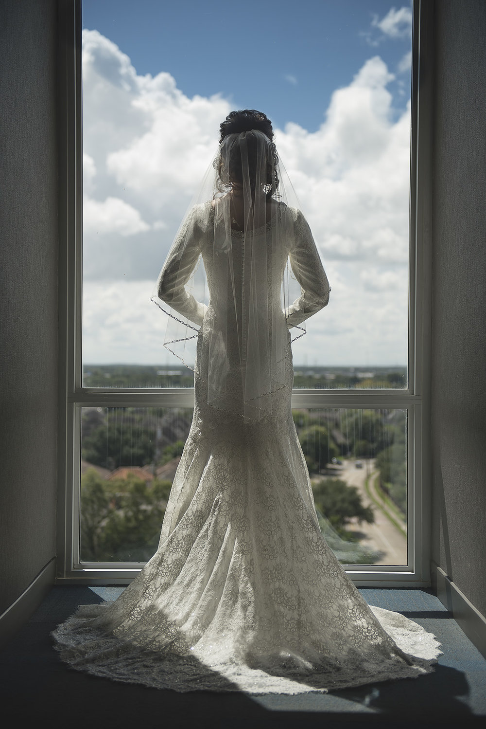 Aloft-hotel-houston-texas-bridal-wedding-photography