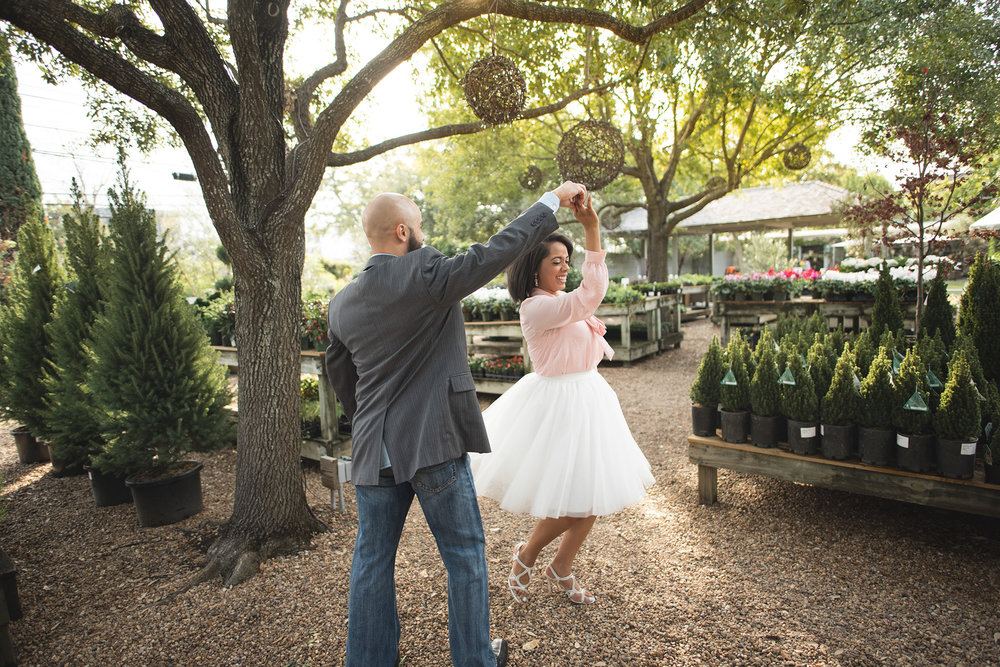 Houston-restaurant-Tiny-Boxwoods-Intimate-cozy-Engagement-photography-096.jpg