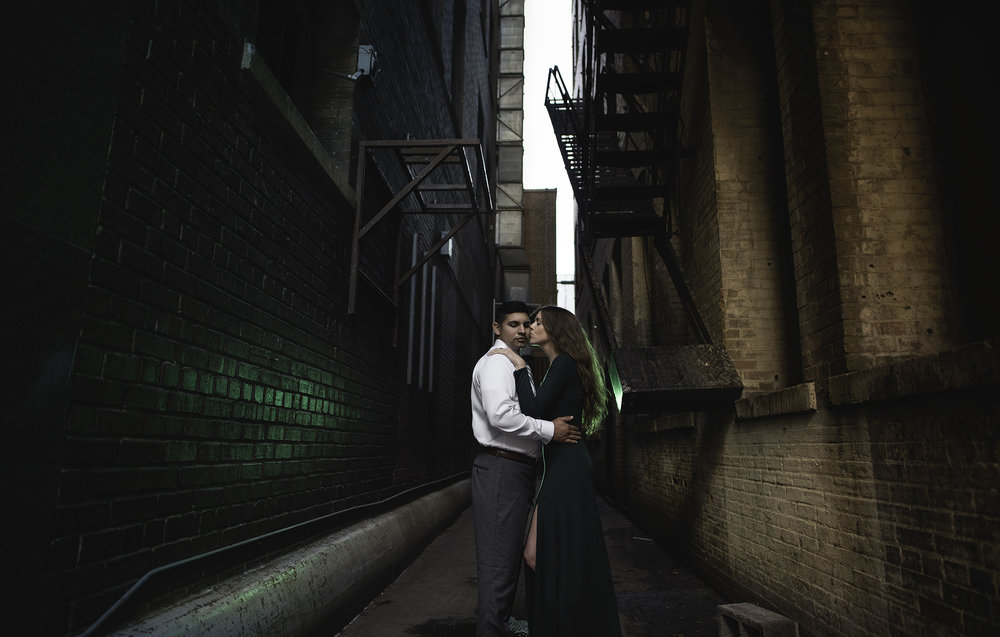 Houston-lifestyle-downtown-main-street-urban-classy-engagement-photographer