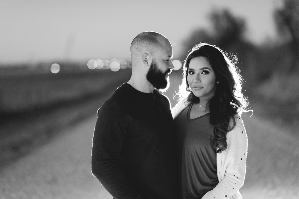 Houston-urban-grungy-lifestyle-modern-classy-engagement-photographer