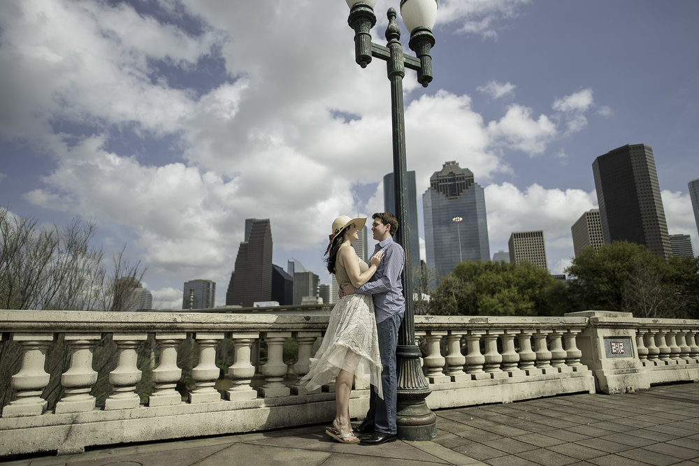 Houston-sabine-street-bridge-modern-lifestyle-artistic-portrait-engagement-photographer
