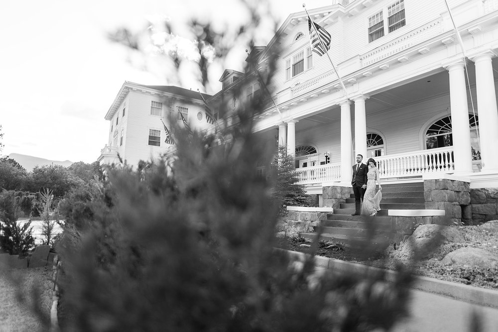 Stanley-hotel-estes-park-vintage-engagement-session-photographer