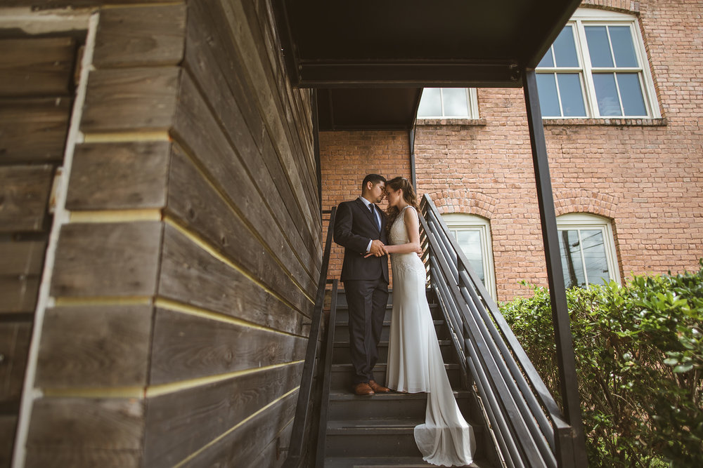 Houston-heights-station-3-three-intimate-summer-wedding-venue-photographer