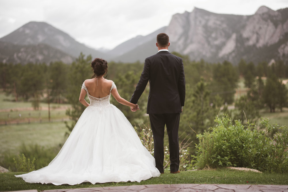 Estes-park-colorado-rocky-mountain-adventure-engagement-elopement-photographer-houston-texas-wedding