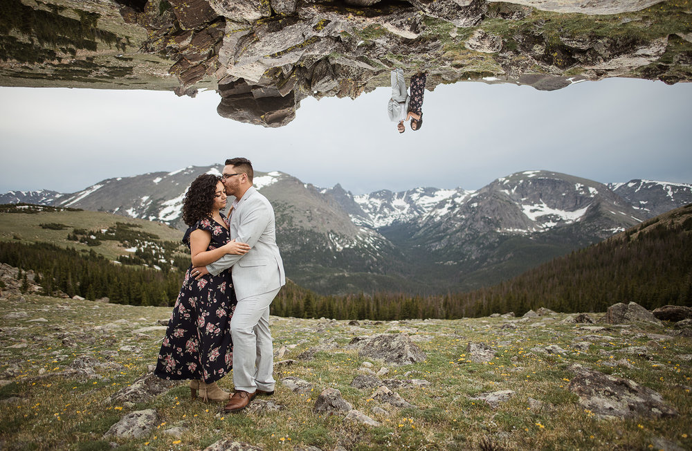 Rocky-Mountain-National-Park-Colorado-Engagement-session-adventure-photography