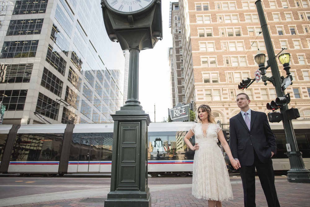 Houston-main-street-rice-wedding-session-clock