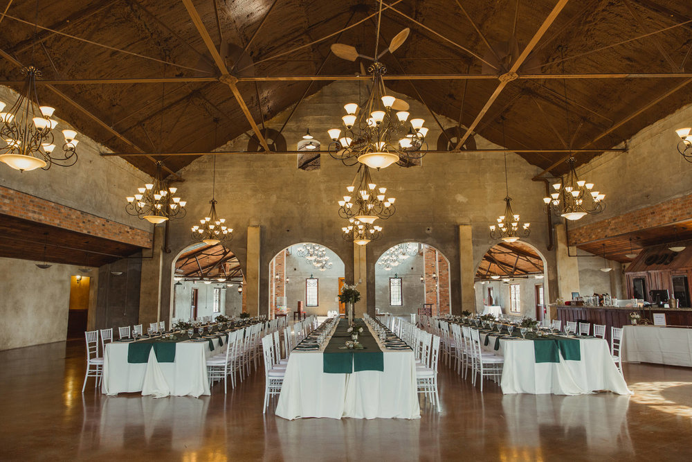 Olde-Dobbin-station-wedding-houston-montgomery-rustic-wedding-deer-antler-photographer