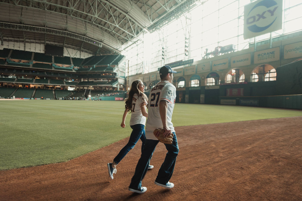 minute-maid-park-baseball-astros-sports-engagement=photographer-houston